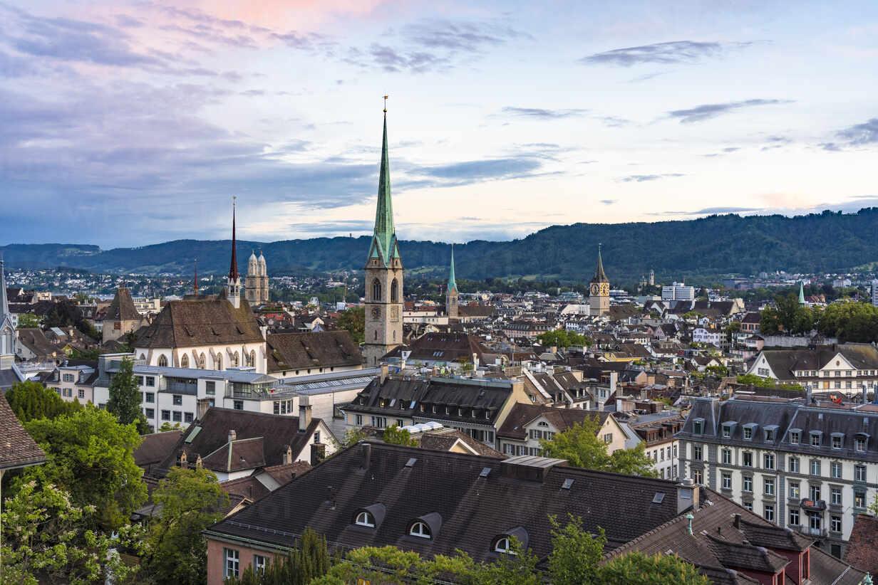 Switzerland, Canton of Zurich, Zurich, Niederdorf district at dusk – Stockphoto