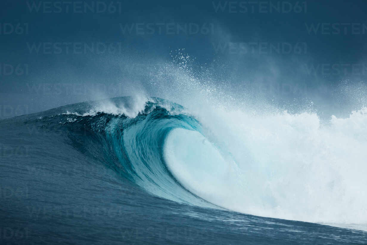 Powerful Foamy Sea Waves Rolling And Splashing Over Water Surface Against Stockphoto